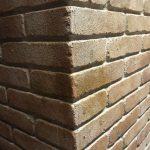 Colonna di polistirolo mattone faccia a vista