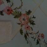 Finta grata con decoro floreale